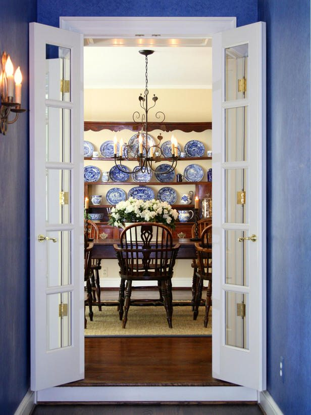 RMS_Tetbury-traditional-blue-dining-room_s3x4_lg